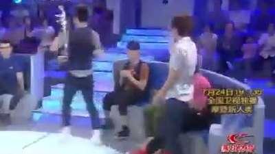 女生队获得豪华邮轮大奖