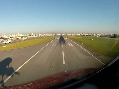 民航飞机驾驶第一视角
