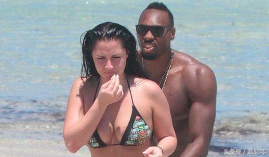 黑人白妞性_为何白人美女都钟爱nba黑人球星?看了这些图片你就知道!